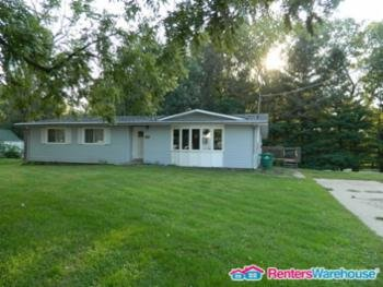 Main picture of House for rent in Berwick, IA